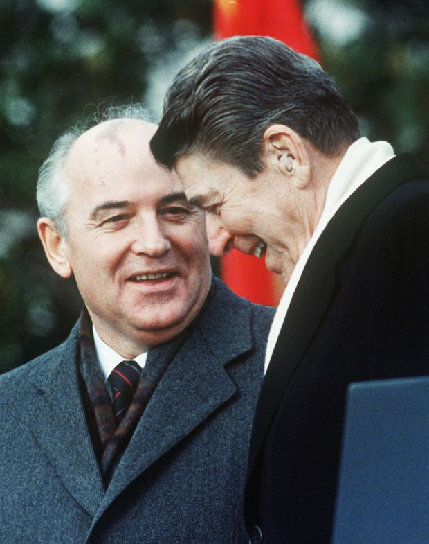 Russia and U.S. abandon 32 year-old missile treaty then blame each other