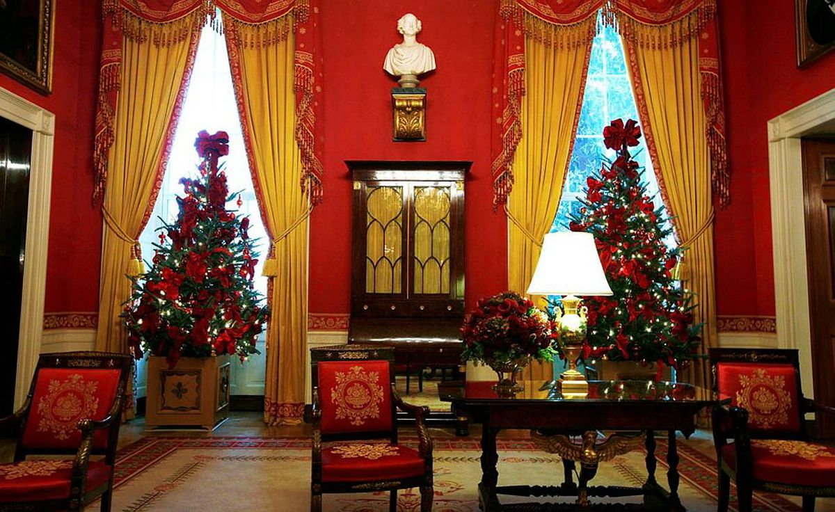 """The theme for the 2009 White House holiday decorations is """"Reflect Rejoice Renew."""""""