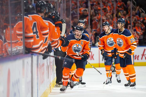 Mcdavid Turns On The Jets To Score Game Winner As Oilers Beat Canucks 3 2 The Globe And Mail
