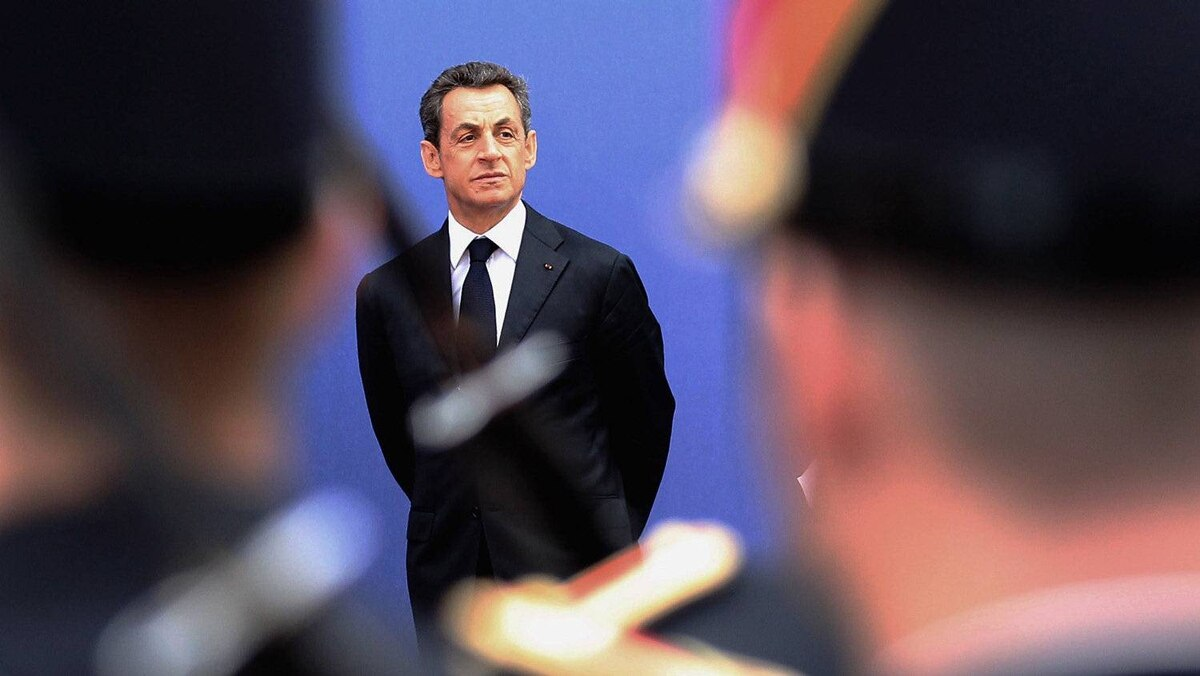 French President awaits the arrival of the rest of the G20 leaders in Cannes. Debate at the summit is expected to revolve around the euro zone debt crisis and Greece's bailout. Late Wednesday night, Sarkozy and German Chancellor Angela Merkel issued debt-laden Greece with an ultimatum to either accept the bailout or face bankruptcy.