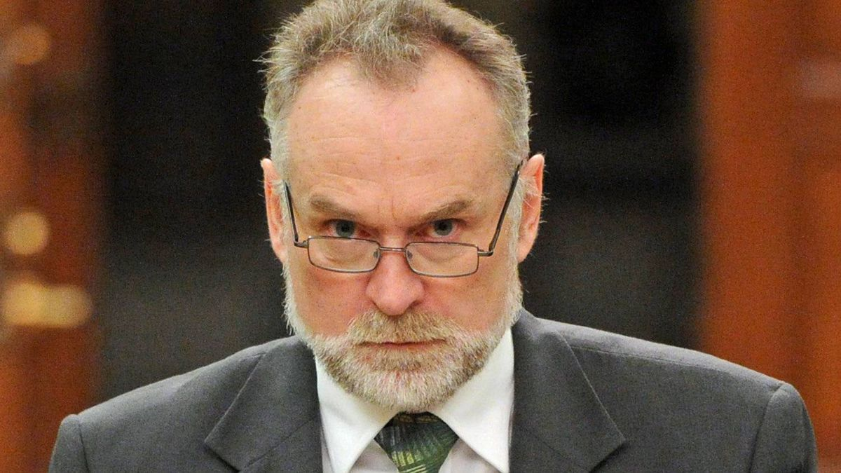 Auditor-General Michael Ferguson appears at before the Commons public accounts committee in Ottawa on May 15, 2012.