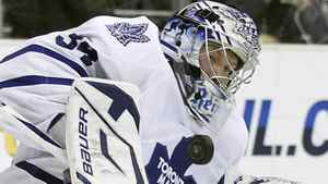 Toronto Maple Leafs goaltender James Reimer makes a save against the Los Angeles Kings during the second period of their NHL hockey game in Los Angeles, California, January 10, 2011.