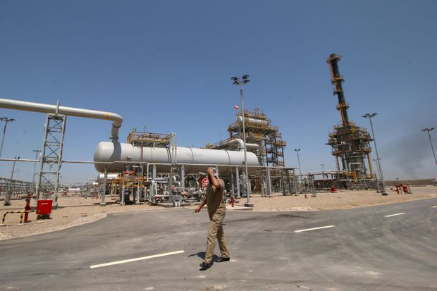 ExxonMobil's $53-billion Iraq deal hit by contract snags