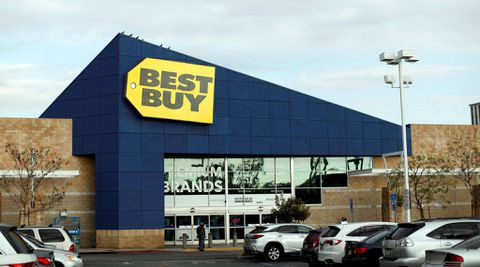 Best Buy beats earnings estimates, raises revenue forecast