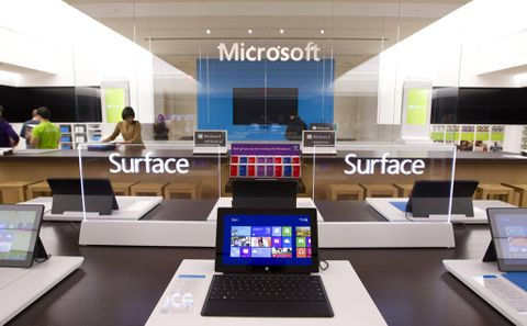 Microsoft Surface phone with a metal body - new patent