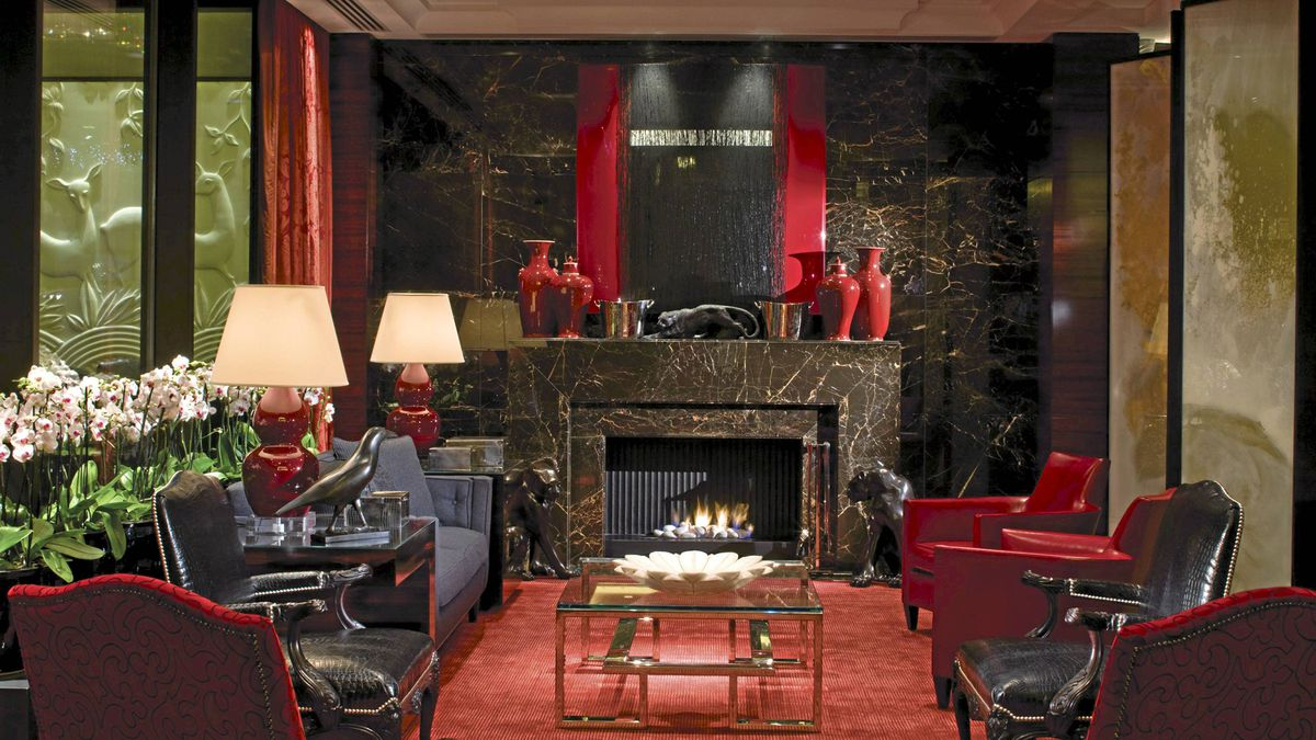 The Four Seasons Park Lane London was literally gutted and revamped by interior designer Pierre-Yves Rochon. A lounge area with an eat-what-you-want-where-you-want policy, has turned the main level into a gathering place for posh Londoners and guests alike.