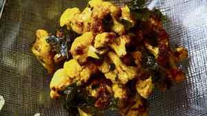 David Lee's roasted curried cauliflower