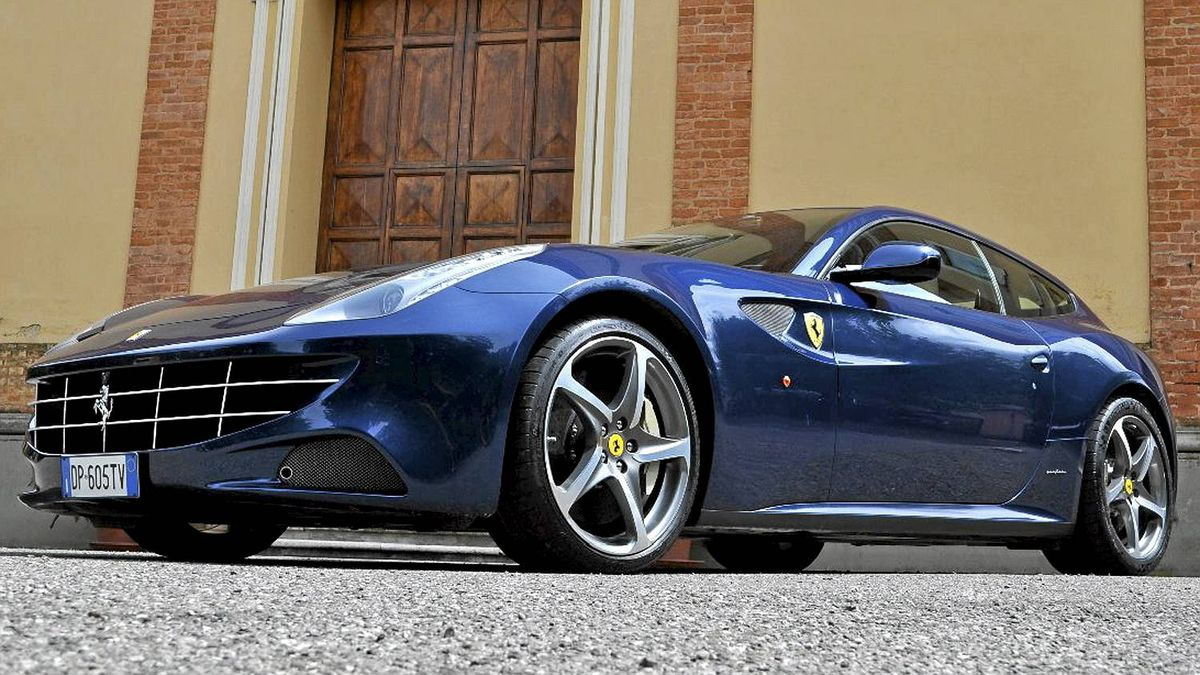 2012 Ferrari FF__Credit: Michael Bettencourt for The Globe and MAil