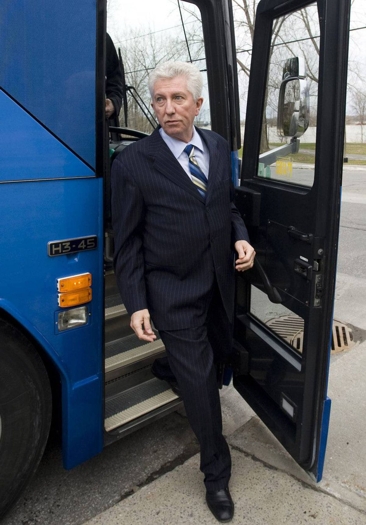 Bloc Québécois Leader Gilles Duceppe spent Monday in Montreal where met with artists and presented the party's priorities on cultural issues. Mr. Duceppe said his party is proposing a series of fiscal, budgetary and legislative measures to improve artists' living conditions. He also talked about copyright laws and the importance of culture to Quebec. He ended his day in the riding of Pointe-aux-Trembles to pay tribute to long-time Bloc MP Francine Lalonde, who is not running for re-election. (Photo: Gilles Duceppe, left, arrives at a cultural centre during a federal election campaign in Montreal)