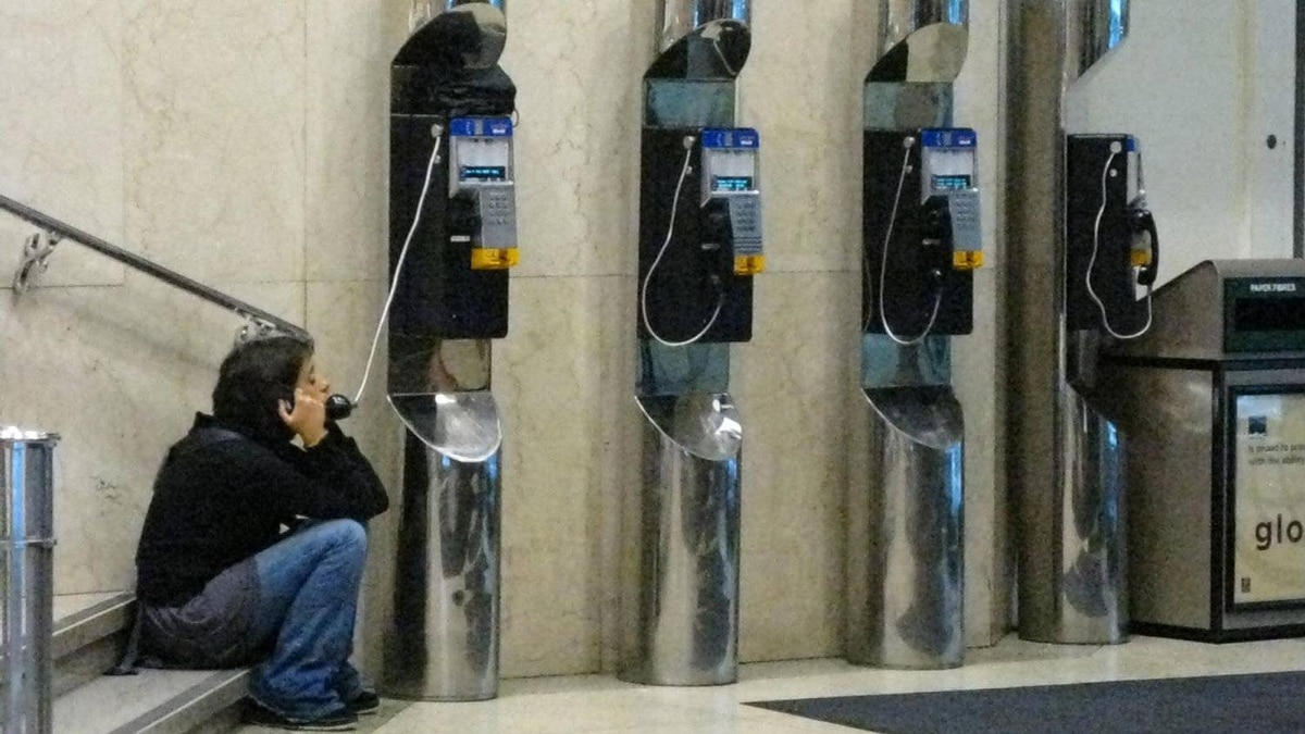 The joint application by Bell Canada and Bell Aliant Application for a 100-per-cent increases in payphone rates is a cash grab that would 'destroy' usage, consumer groups argue.