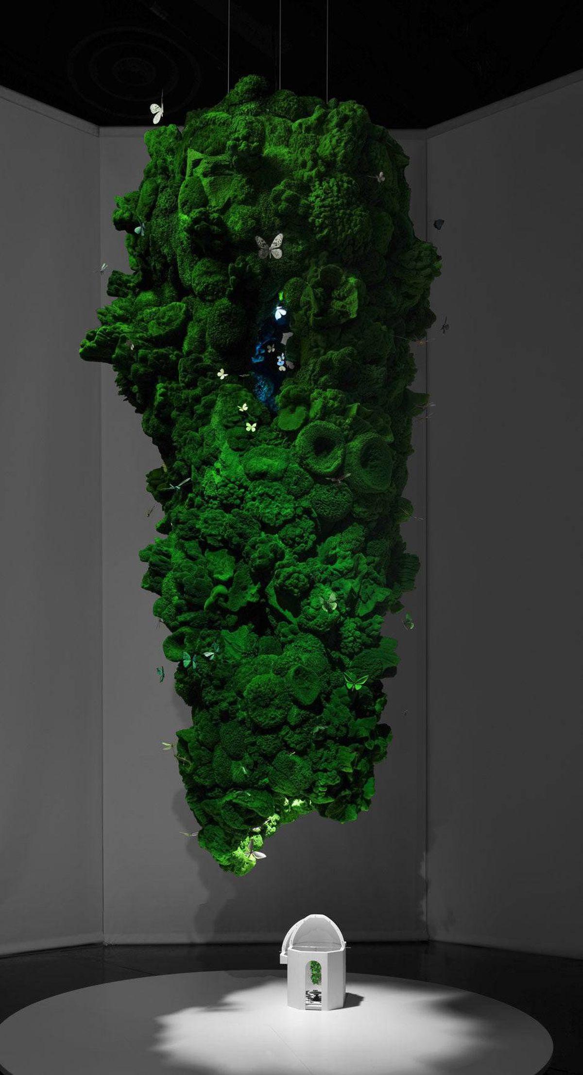 Maurer?s sculptural Biotope light