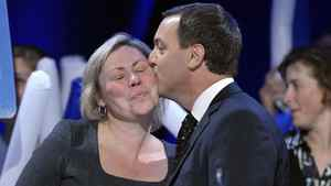 Ontario Progressive Conservative Party leader Tim Hudak kisses his wife Deb Hutton before he speaks to supporters at his election night campaign headquarters in Niagara Falls, Ontario, October 6, 2011.