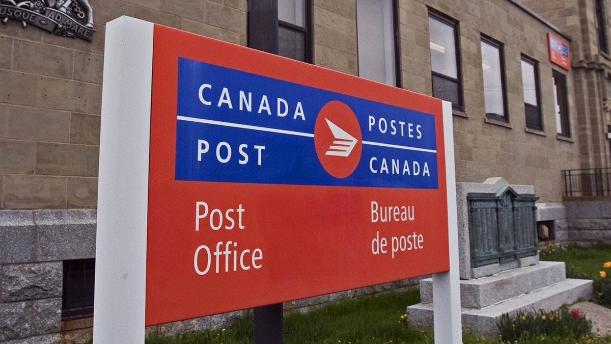 The Dartmouth post office on Sunday, May 22, 2011. Canada Post says it's continuing negotiations with the union representing its urban-based workers on a new collective agreement. An earlier agreement covering some 50,000 employees expired Jan. 31, and talks on a new deal began last fall.