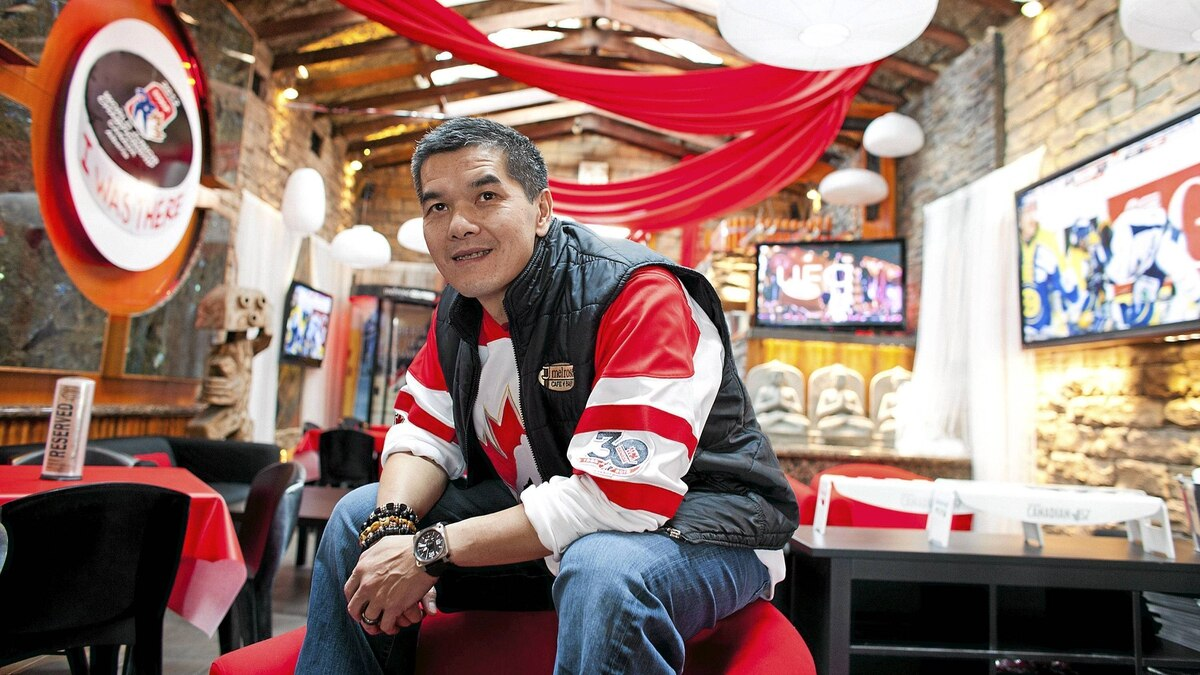 Wayne Leong, owner of Melrose Cafe and Bar in Calgary, has seen bigger crowds over the past few days with the world juniors in town.