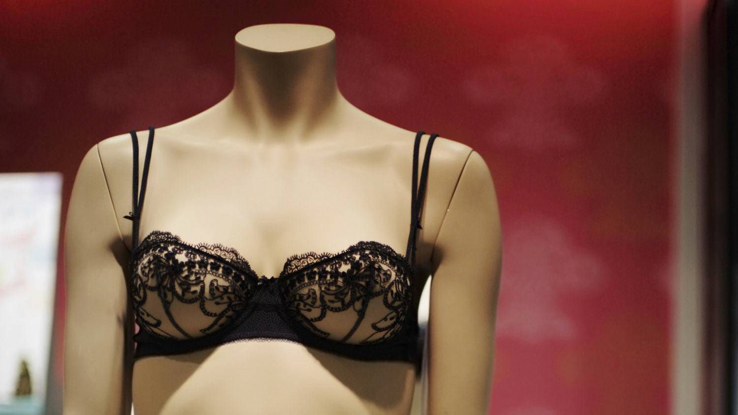 01c1bcb7f1 My wife won t wear the sexy lingerie I bought her - The Globe and Mail