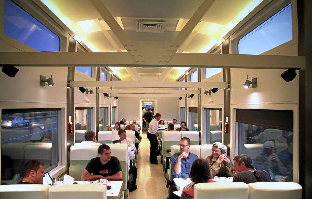 In quebec a 39 cruise on rails 39 with haute cuisine the for Articles de cuisine quebec