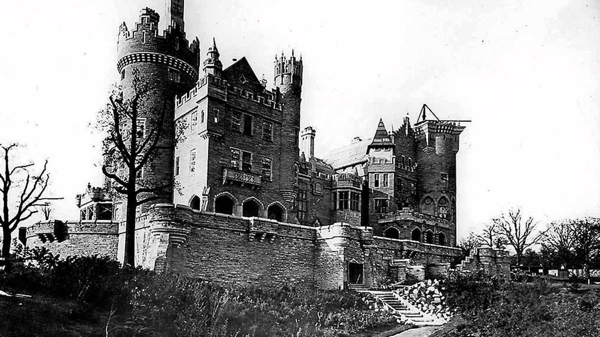 Casa Loma seen under construction in this file photo c. 1911/1912.