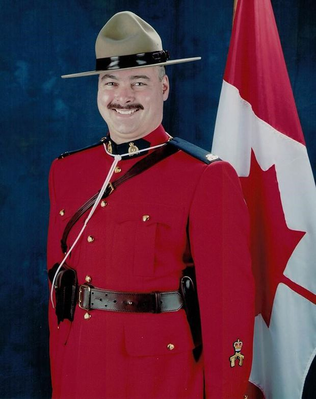 Mountie who died in Winnipeg crash was father of three and hockey volunteer: RCMP