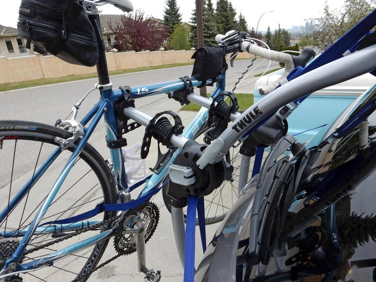 Latch Onto This Bike Rack For Cars Without Hitch Mounts The Globe