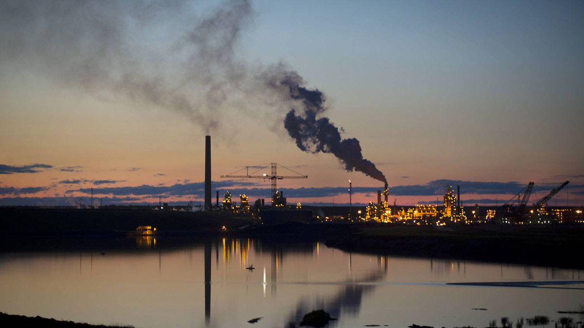 Syncrude's oil sands plant at Mildred Lake north of Fort McMurray, Ata.