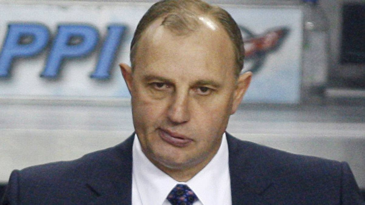 Oilers president Kevin Lowe says he has not yet discused Edmonton's coaching job with Brent Sutter. FILE PHOTO: THE CANADIAN PRESS/Jeff McIntosh
