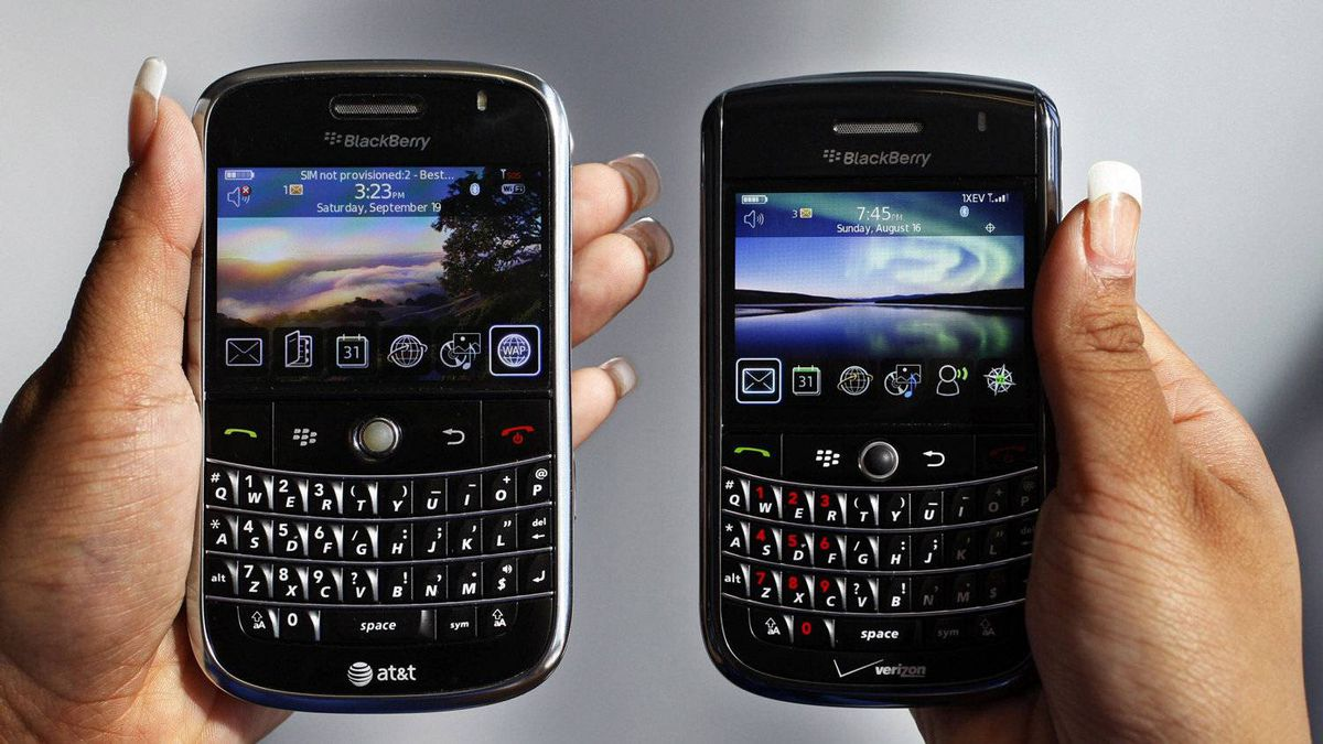 A BlackBerry Bold, left, and Blackberry Tour are shown.