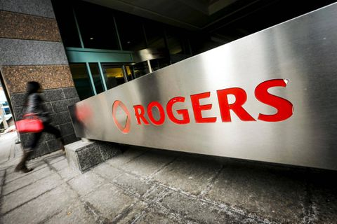 CIBC Increases Rogers Communications Inc. (RCI.B) Price Target to C$67.00