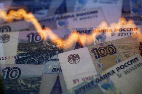 Despite aggressive rate hike, Russia on the brink as ruble plummets