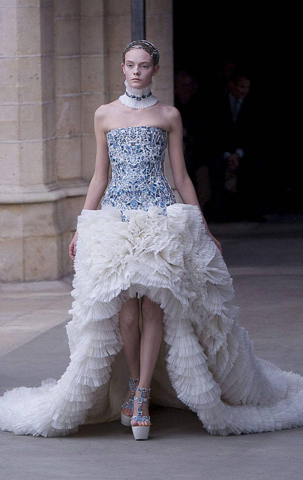 Imagine if Kate had worn this Alexander McQueen design on her wedding day?