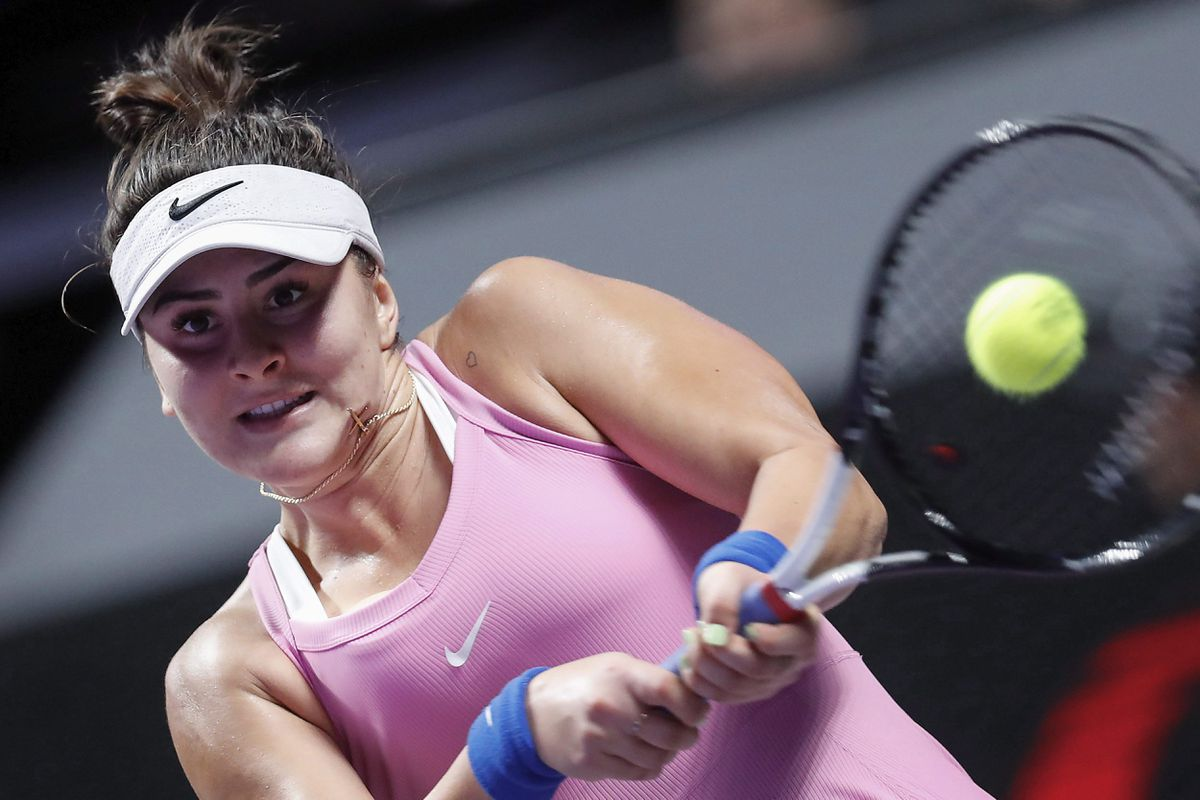 Bianca Andreescu withdraws from Dubai event because of knee injury