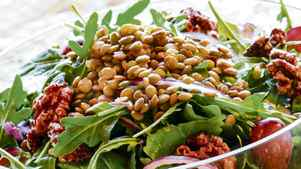 Michael Smith's lentil, arugula, red grape and walnut salad