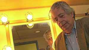 Mordecai Richler waits in the wings of the Premier Theatre for his roast as part of the authors week, Oct. 18, 2000.
