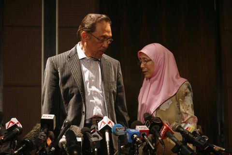 Fraud alleged as Malaysian coalition wins re-election