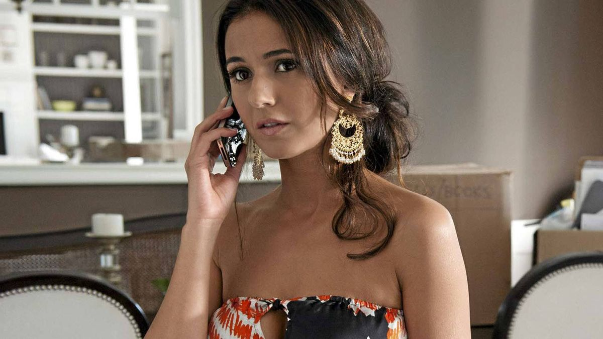 """Emmanuelle Chriqui in a scene from the series """"Entourage"""""""