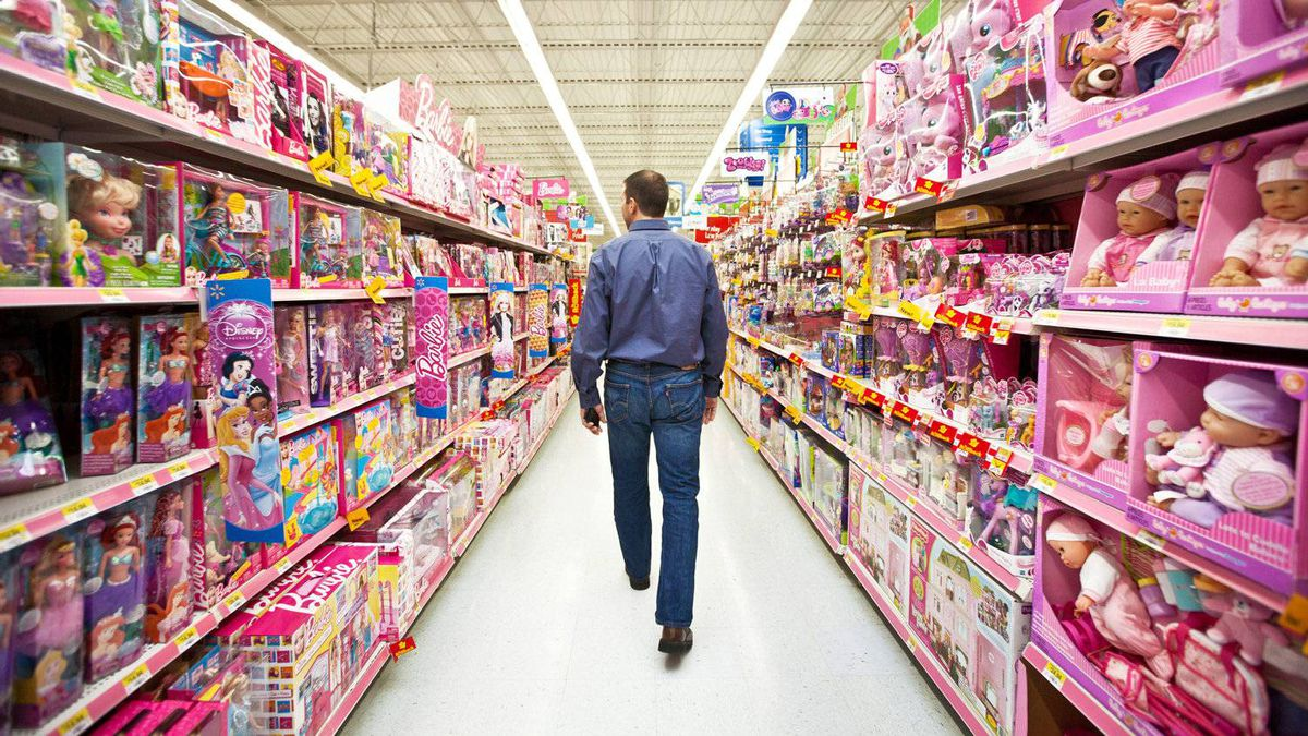 Discount giant Wal-Mart Canada Corp. has entered the cyber fray, taking on Amazon.ca. Wal-Mart has big plans, says Gino DiGioacchino, senior vice-president, E-commerce, seen here Dec. 2, 2011.