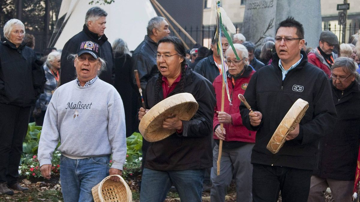 Participants head to the Truth and Reconciliation Commission hearings in Halifax on Oct. 26.