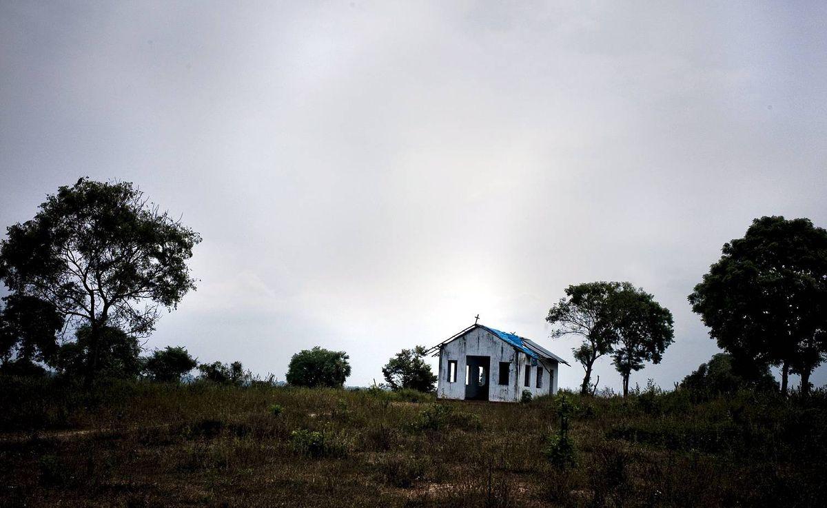 SRI LANKA RESETTLEMENT