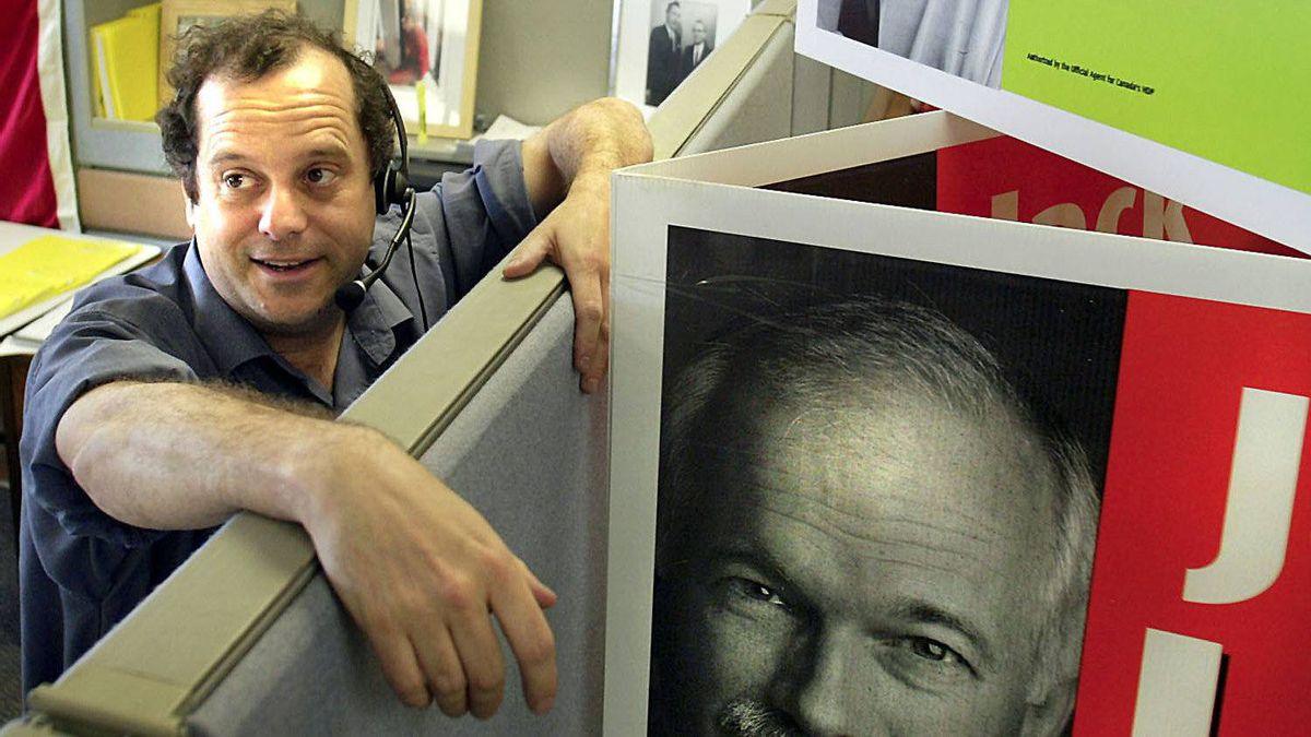 Brian Topp, NDP's director of research, is shown in his cubicle in NDP war room in Ottawa May 19, 2003.
