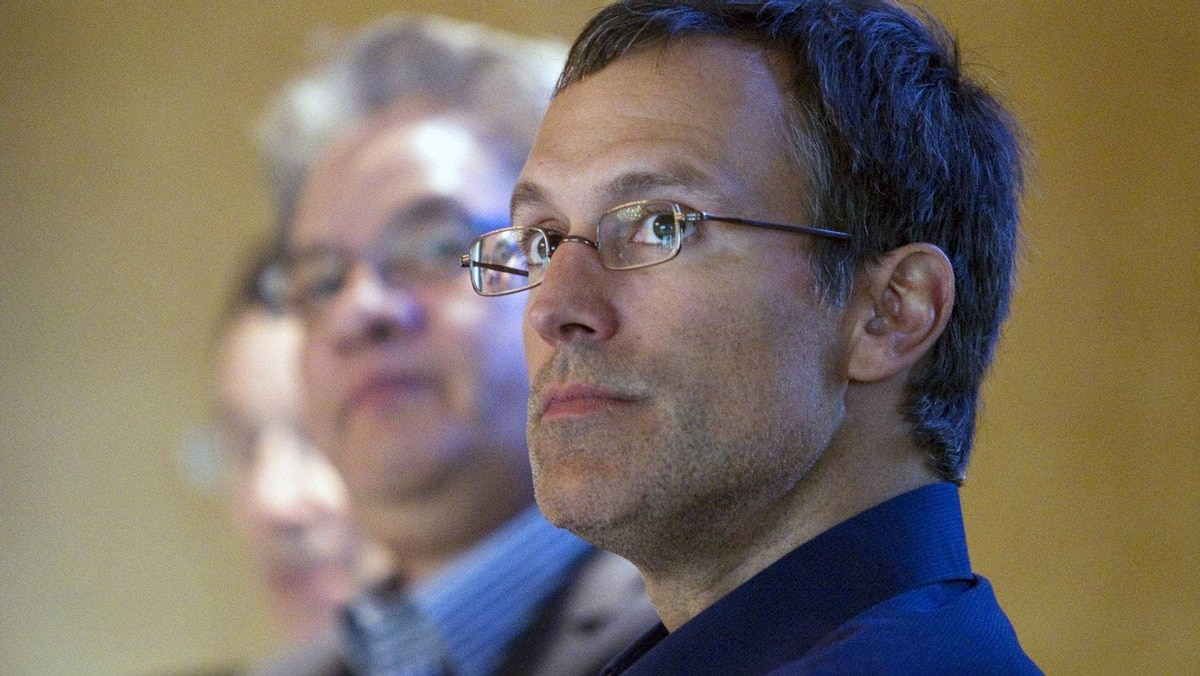 Former NHL hockey player Scott Niedermayer (R) is seen with Peter Ladner (L) and Grand Chief Edward John at the World Wildlife Fund's Campaign Canadians for the Great Bear in Vancouver, British Columbia May 1, 2012. The campaign opposes the Northern Gateway pipeline that would carry oil across Northern