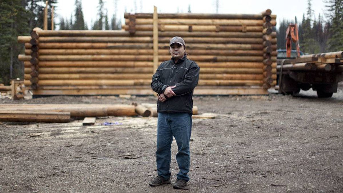 Wet?suwet?en Nation members like David de Wit are expressing their opposition to Enbridge?s proposed Gateway pipeline by erecting a cabin squarely in its path.