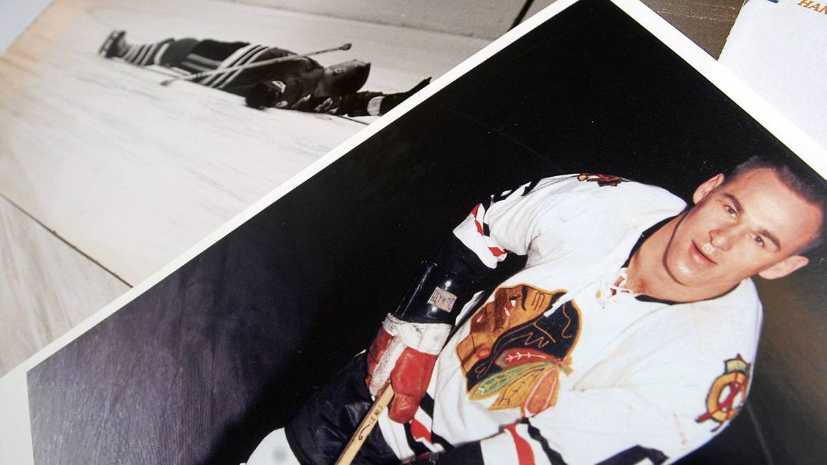 Sports Illustrated photos of Reggie Fleming when he was knocked out on the ice in January, 1964.