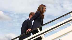 Kate boards the plane that brought her to Canada, wearing a blazer made by Canadian designer Smythe.