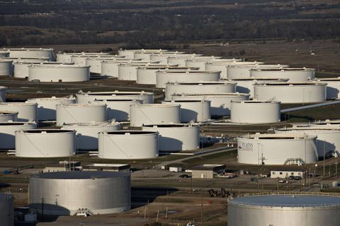 Hedge funds betting on rising oil prices as 'degree of negativity unwarranted'
