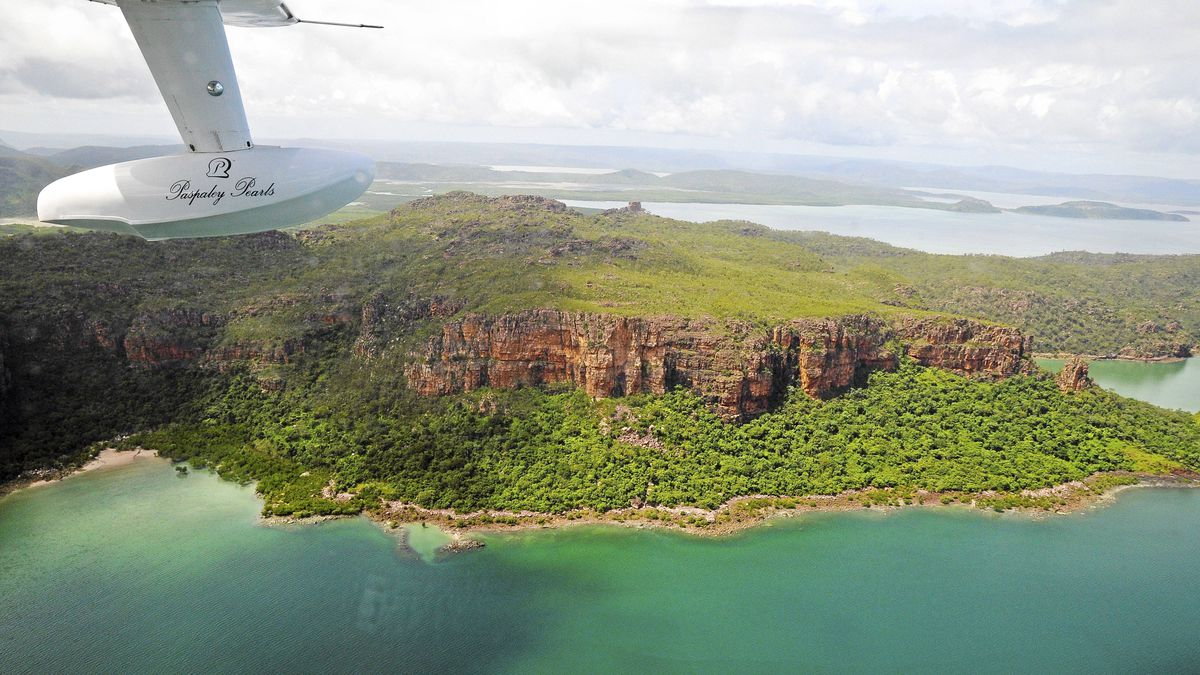Kuri Bay on the Kimberley Coast in northwestern Australia is a one of the most exclusive and most reomote wilderness lodges.