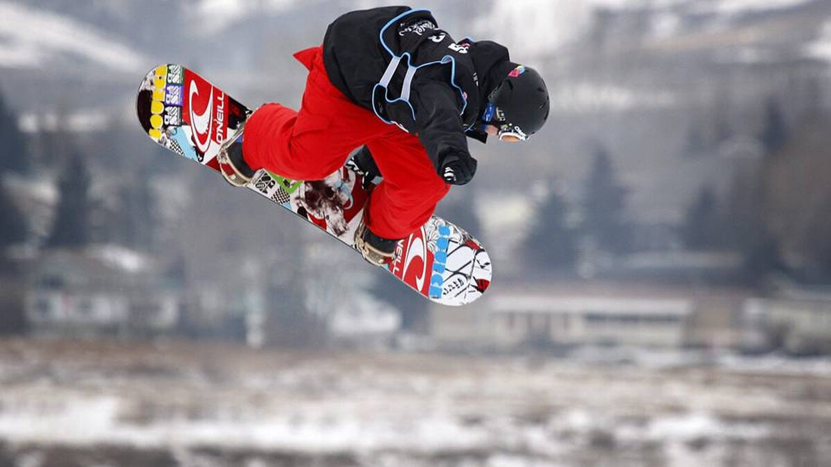 Marc McMorris, from Regina, Sask., soars to victory in the men's World Cup snowboard slopestyle event in Canmore, Alta. on Saturday, Jan. 30, 2010.