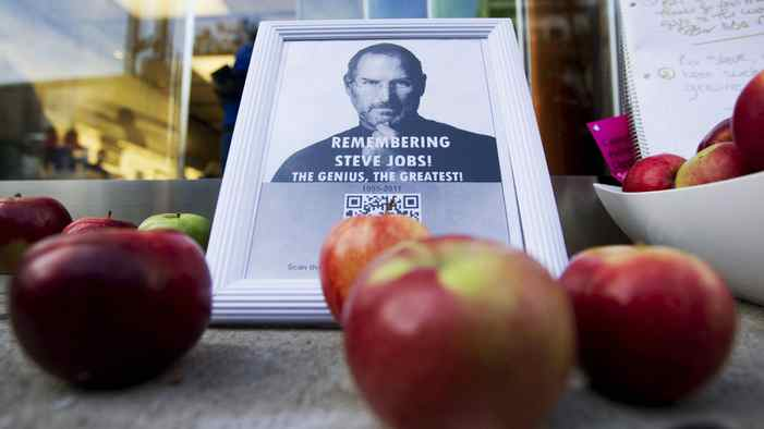 A tribute to Apple Inc., co-founder and former CEO Steve Jobs is left in front of an Apple store in downtown Montreal, October 6, 2011. Jobs died on October 5, 2011 at age 56 of cancer.
