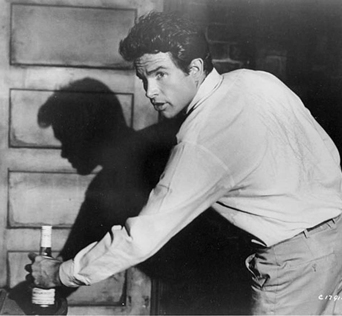 MOVIE All Fall Down TCM, 12:15 a.m. ET; 9:15 p.m. PT Warren Beatty spent the first half of his career playing a bounder, thanks in large part to his convincing performance in this torrid 1962 drama. Directed by John Frankenheimer, the 1962 film casts Beatty as the handsome young dastard Berry-Berry (yep, that's his name), who moves from one female conquest to the next and has no compunction whatsoever about fleecing them in the process. Berry-Berry has no time for his alcoholic father (Karl Malden) or controlling mother (Angela Lansbury), but maintains contact with his younger brother Clinton (Brandon de Wilde). The brotherly bond is torn asunder when Berry-Berry attempts to seduce the lovely Echo (Eva Marie Saint), who has already captured Clinton's heart.
