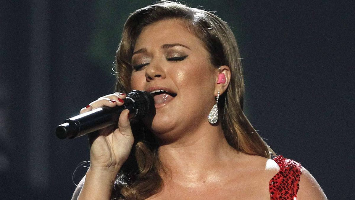 Kelly Clarkson performs at the 2011 Annual American Music Awards in Los Angeles.