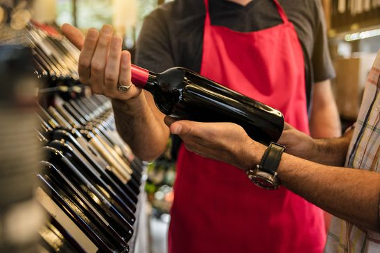 Can a wine critic find great bottles for $10 or less?