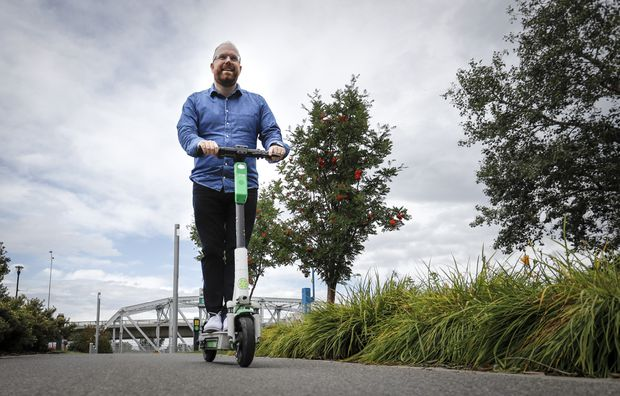 Do e-scooters actually reduce traffic congestion in cities?